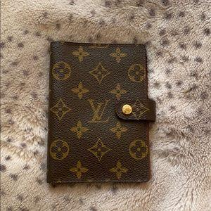 Louis Vuitton Small ring Agenda Cover pm!